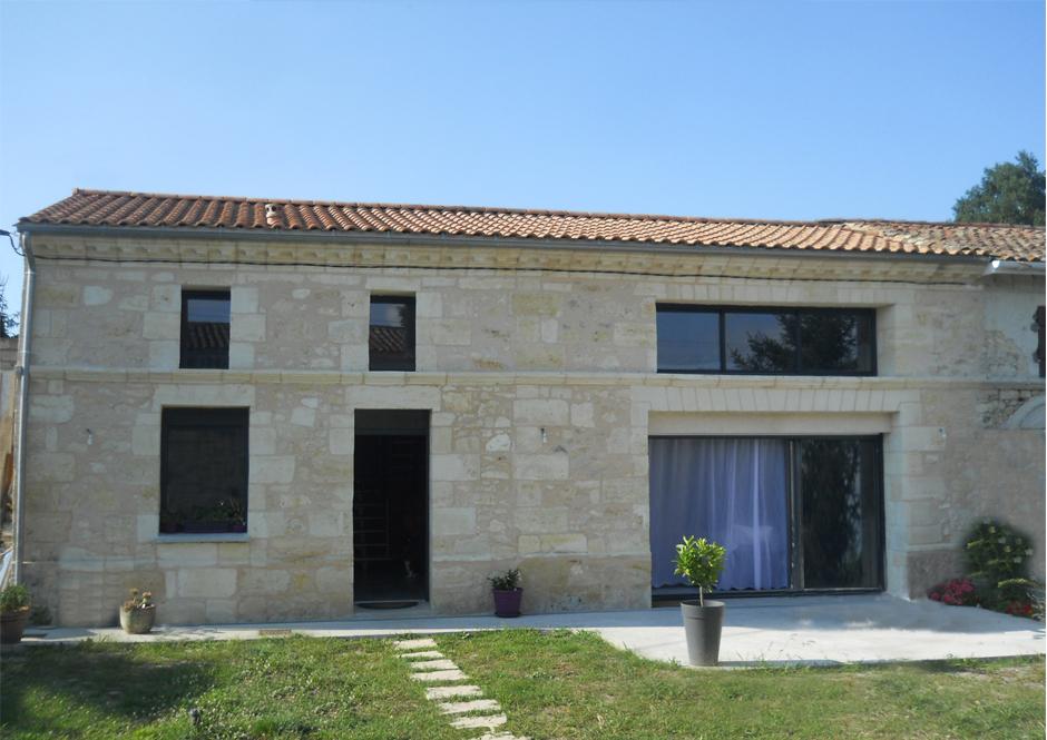 Renovation D Une Maison Girondine A St Laurent D Arce Par Cyril De Moura Architecte D Interieur Et Design Commercial Bordeaux 33